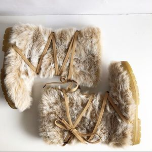 Bakers Faux Fur Fully Lined Boots